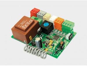 Блок управления SmartRoll для дистанционного управления внутривальными электроприводами роллет с помощью пультов DoorHan